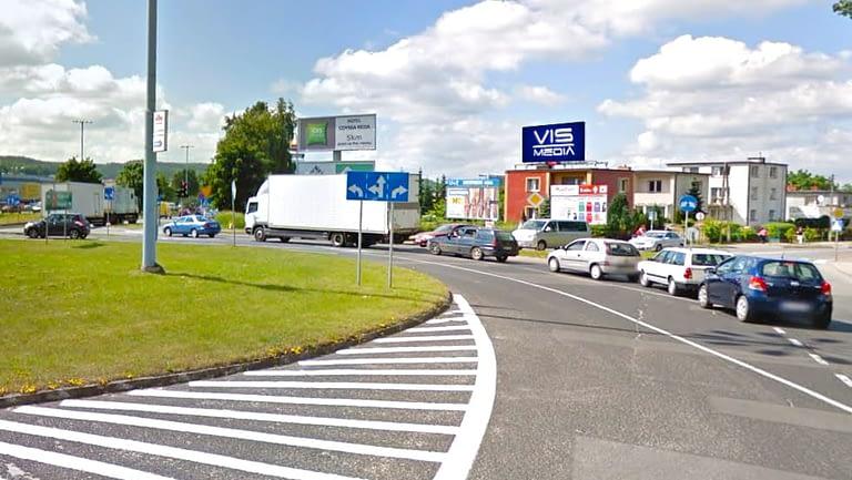 skrzyżowanie ulic Żwirki i Wigury oraz Dąbrowskiego , agencja reklamowa Vismedia
