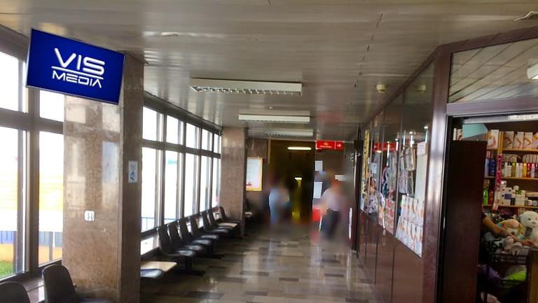 Monitor reklamowy, monitor reklamowy w Inowrocławiu, Szpital na ulicy Mickiewicza, Poradnie Specjalistyczne (3)