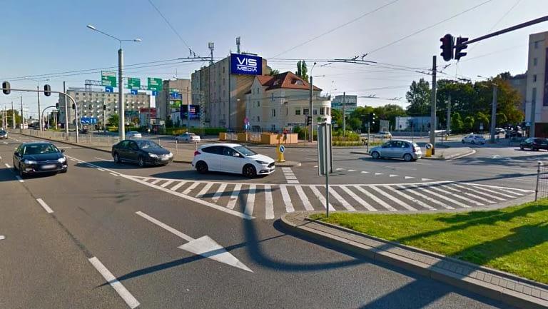 telebim ulica świętojańska w Gdyni - agencja reklamowa Vismedia